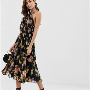 Pleated floral midi dress